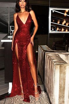 Sparkly Prom Dresses Burgundy V-neck Long Prom Dress with Slit Sexy Evening Dress Elegant Dresses, Pretty Dresses, Sexy Dresses, Beautiful Dresses, Long Dresses, Dress Long, Summer Dresses, Gorgeous Dress, Tailored Dresses