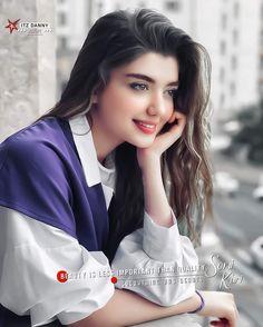 Cute Girl Poses, Cute Girl Pic, Cute Girls, Cute Couples Photos, Couple Photos, Girls Dpz, Girl Photography Poses, Stylish Girl, Islamic Quotes