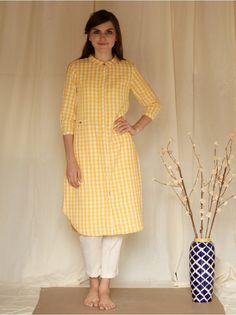Yellow White Cotton Khadi Pleated Kurta is part of Embroidery suits punjabi - Simple Kurti Designs, Kurta Designs Women, Salwar Designs, Kurti Designs Party Wear, Dress Neck Designs, Designs For Dresses, Blouse Designs, Kurti Sleeves Design, Kurta Neck Design
