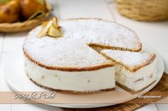 Torta ricotta e pere, ricetta della costiera Bakery Recipes, Dessert Recipes, Cooking Recipes, Ricotta Torte, Italian Desserts, Cakes And More, Cake Cookies, Sweet Recipes, Food To Make
