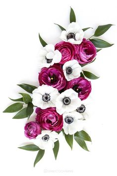 gorgeous blooms pink, white, green, table runner arrangement flowers roses, leaves, and anemones