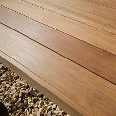 Terrassendielen aus Laubholz / FSC-zertifiziert YELLOW BALAU (BANGKIRAI)  Silva Timber Products