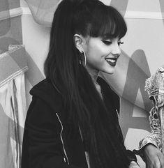 Ariana Grande #ArianaGrande #FamousBeauty