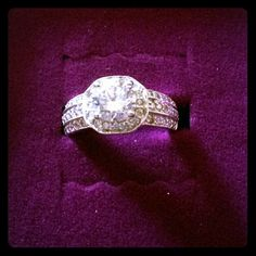 2.26 TCW CZ Octagon Shaped Engagement Ring Sz 7 This elaborate geometric ring sparkles with glittering round cubic zirconia stones, 2.26 carats T.W. Wear it and you will command attention. 10k White Gold - Stamped 417 (417 stamped on a piece of jewelry denotes the gold content of the jewelry. 417 is 41.7% gold or 10k. Pure gold is 24k. To find the percent of real gold simply divide the carat content by 24. 10/24 = .417). The Center Stone is 1.50 Carats, and ring size is a 7. Check with a…