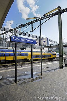 Grand central of #Rotterdam (by unknown)