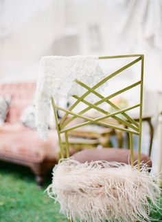 feather-trimmed chair // photo by IsaPhotography.net