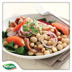 Sono arrivate le nuove #ricette dello #Chef #Valfrutta e sono tutte dedicate alle #zuppe e ai #legumi e #cereali secchi!  Provate questa #insalata di #tondini, il #pompelmo da un vero tocco di freschezza  http://www.valfrutta.it/ricette/tondini-in-insalata-con-alici-e-cipolla-di-tropea Buon appetito!