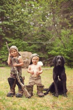 Cute Camo Pic  Doing this with Landon, Tenleigh and Moose