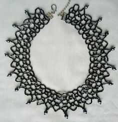 Free pattern for necklace Black Net  Click on link to get pattern - http://beadsmagic.com/?p=6474