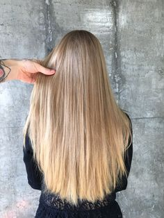 Blond.balayage.ice blond.ombre.air touch.ash blonde.highlights