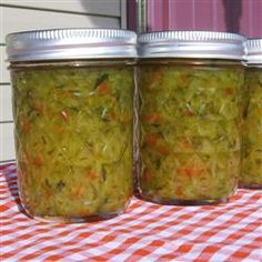 Sweet Zucchini Relish with jalapeno for a little zip Zucchini Relish Recipes, Zuchini Relish, Sauces, Canning Vegetables, Veggies, Great Recipes, Favorite Recipes, Canning Pickles, Canning Recipes