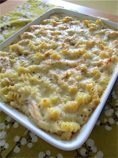 Baked cheesy chicken pasta - I'd probably add veggies to this.