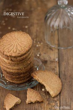 Frollini ai fiocchi d'avena per avere un biscotto tipo Digestive adatto a tutte le cheesecake del mondo
