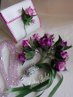 Diy Ribbon Flowers, Organza Flowers, Beaded Flowers, Flowers In Hair, Fabric Flowers, Fabric Yarn, Fabric Ribbon, Silk Ribbon Embroidery, Brick Stitch