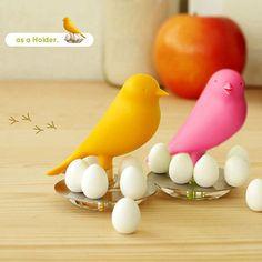"""Magneti """"Cuibul randunicii"""" - Mindblower Figurina creativa pentru frigider, ce contine un cuib, o randunica adorabila si 6 magneti in forma de ou"""