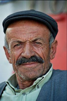 Image from http://www.marialorico.com/portraits/images/turkey___turkish_man.jpg.