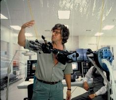 Director Paul Verhoeven behind the scenes on the set of RoboCop Pet Sematary, Sci Fi Movies, Movie Tv, Peter Weller, Paul Verhoeven, Perfect Movie, Cinema, Dangerous Minds, Famous Monsters