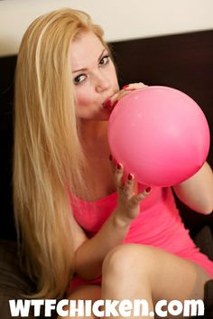 blowing up a pink #balloon for my #looner fans  #looners unite