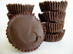 homemade peanut butter cups... my husband would die, I have to make these for him for Father's Day!