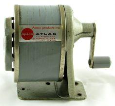 APSCO Atlas vintage Metal Hand Crank PENCIL SHARPENER blue Desk or Wall Mount