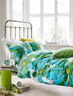 Conjunto de cama verde y amarillo   Beautiful bed linen in green and yellow, by Idha Lindhag · ChicDecó
