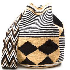 Roseark - Wayuu Tribe Cabo Bag - White, Black and Beige Tapestry Bag, Tapestry Crochet, Crochet Stitches, Knit Crochet, Crochet Patterns, Knitted Dolls, Knitted Bags, Mochila Crochet, Boho Bags
