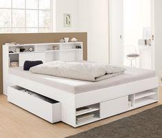399,00 € Cleveres Design für viel Stauraum  Das ausgetüftelte Design dieses Bettes bietet nicht nur besten Schlafkomfort, sondern auch jede Menge zusätzlichen Stauraum im Schlafzimmer. Der Bettkasten zum Beispiel hat Rollen und ist komplett ausziehbar.