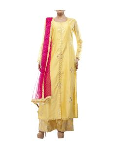 Yellow Chanderi kurta set | Shop now: www.thesecretlabel.com