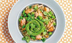 thepool http://www.the-pool.com/food-home/recipes/2017/14/avocado-and-salmon-rice-bowl