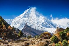 Take to the Skies and Experience Nepal by Helicopter on This Awesome 15-Day Trip