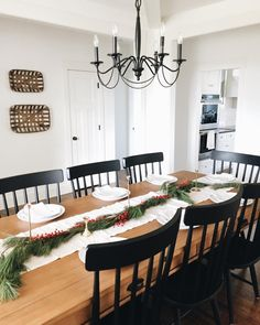 Kitchen Eating Areas, Dining Room, Dining Table, Kitchen Decor, Table Settings, Instagram Posts, Furniture, Filter, Thanksgiving