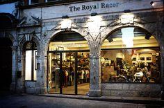 The Royal Racer – 48 Rue Mercière . 69002 Lyon