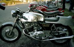 Norton Commando Cafe
