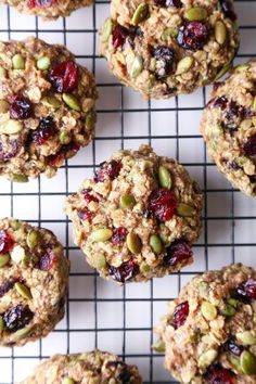 Superfood Breakfast Cookies - Wife Mama Foodie These cookies are jam-packed with nutritious ingredients and healthy enough for breakfast on the go! They're free of gluten, dairy, & refined sugar, and also vegan friendly! Whole Food Recipes, Cooking Recipes, Cooking Games, Nuts And Seeds Recipes, Cooking Rice, Crockpot Recipes, Snacks Saludables, Healthy Baking, Healthy Cookie Recipes