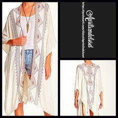 "Kimono Cardigan Blanket Wrap Cardi NEW WITH TAGS  Boho Kimono Cardigan Cape Wrap Cocoon Blanket Cardi  * Relaxed & Oversized Wrap Silhouette  * Beautiful allover print.   * Incredibly lightweight for most seasons  * Cardigan style with long wide kimono sleeves.  * About 26-45"" long in the back  Fabric: 100% Rayon Item: Color: White Combo   No Trades ✅Offers Considered*/Bundle Discounts✅ *Please use the blue 'offer' button to submit an offer. Steve Madden Accessories Scarves & Wraps"