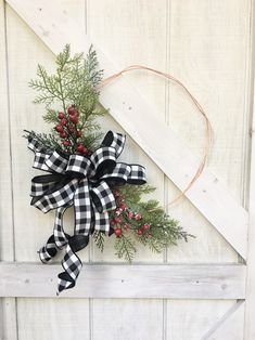 🌲 This Christmas Hoop Wreath is bursting with frosted cedar greenery. Add a custom decorator look to your home with this Modern Christmas Wreath with Buffalo Check Bow. It's sure to catch the eye of all your family and friends! Outdoor Christmas Wreaths, Outside Christmas Decorations, Diy Christmas Garland, Christmas Wreaths For Front Door, Holiday Wreaths, Outdoor Decorations, Bumble Bee Decorations, Porch Decorating, Decorating Ideas