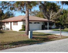 Venice Short Sale – Sarasota County – $99,000. A great price on a great short sale in Venice, Sarasota County, Florida. This spacious home for sale has 3 bedrooms, 2 bathrooms, and a 2-car garage. Features include: a corner lot, a large, fenced and shaded back yard. This Venice Short Sale is convenient to shopping, restaurants, and beaches.