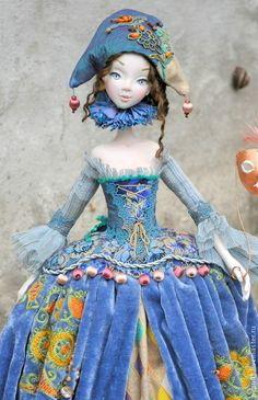 Коллекционные куклы ручной работы. Ярмарка Мастеров - ручная работа. Купить Коломбина в голубом. Handmade. Голубой, кукла в подарок, дерево