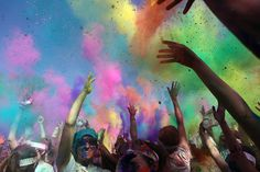 The 2012 Seattle Color Run. Looks like they had great weather and had a lot of fun. @komonews
