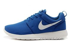 new arrival 9a161 3f35e Nike Shoes, Sneakers Nike, Roshe One, Cher, Nike Roshe, Air Jordan