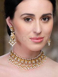 Simple pearls, kundan