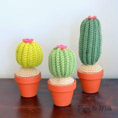 Crochet Cactus Pattern - Pops de Milk Tutorial ༺✿Teresa Restegui http://www.pinterest.com/teretegui/✿༻