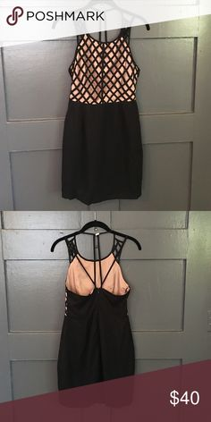 FINDERS KEEPERS DRESS Size 4. Worn once. Like new Finders Keepers Dresses