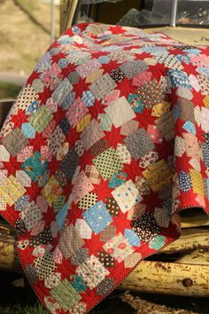I'm loving Leslie Ison's and Make it Do's new pattern. What a beautiful way to use scraps!