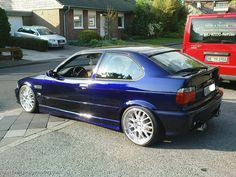 Bmw E36 Drift, Bmw E36 Compact, Bmw E36 318i, Bmw 318, Bavarian Motor Works, Car Magazine, Valentino Rossi, Car Wheels, Bmw Cars