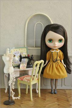 https://flic.kr/p/dMsoxM | [Eiffel] in Atelier | Room box , furmiture, outfit by me
