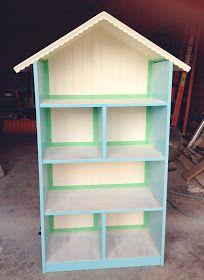Example of Bookcase Dollhouse Idea) simple as that: Diy Dollhouse Bookshelf: Handmade Christmas Gift Dollhouse Bookcase, Bookcase Plans, Diy Dollhouse, Dollhouse Furniture, Diy Furniture, Handmade Christmas Gifts, Christmas Diy, Diy For Kids, Crafts For Kids