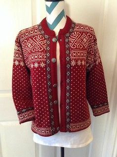 Dale Of Norway Wool Nordic Cardigan Sweater Pewter Buttons Womens Size Large Red Norwegian Knitting, Hand Knitted Sweaters, Bunt, Hand Knitting, Crocheting, Sweater Cardigan, Knit Crochet, Cardigans, Fiber