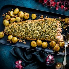 Roast salmon with herb crust and brown shrimp butter Herb Crusted Salmon Recipe, Roasted Salmon, Roasted Carrots, Butter Shrimp, Shellfish Recipes, Fish Dishes, Fish And Seafood, Salmon Recipes