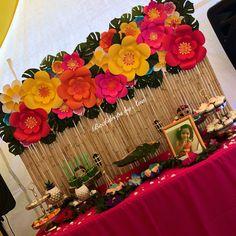 Moana Themed Birthday Party Backdrop: Dessert Table Set Up: Aloha Party, Hawaiian Luau Party, Moana Birthday Party, Hawaiian Birthday, Birthday Party Tables, Luau Birthday, Tiki Party, Moana Themed Party, Hawaiian Theme